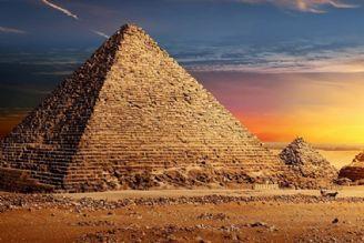 اهرام مصر، قصه ها و افسانه ها