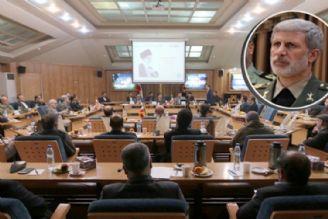 در جمع فرهیختگان دانشگاه شیراز؛ دشمنان نظام اسلامی در موضع ضعف قرار دارند