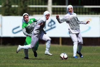 رقابت حساس شهرداری سیرجان برابر سپاهان در هفته دهم لیگ برتر فوتبال