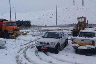 برف و باران در جادههای 19 استان/تردد در جادههای برفگیر فقط با زنجیرچرخ