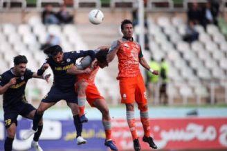 لیگ برتر فوتبال به تعویق افتاد