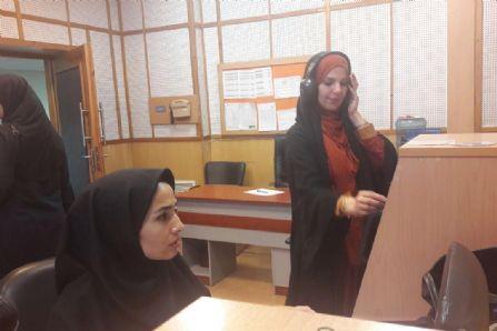 کاوشگران جوان در استودیوی پخش